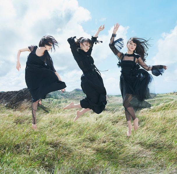 Perfume_-_Mugen_Mirai_regular-jpopholic