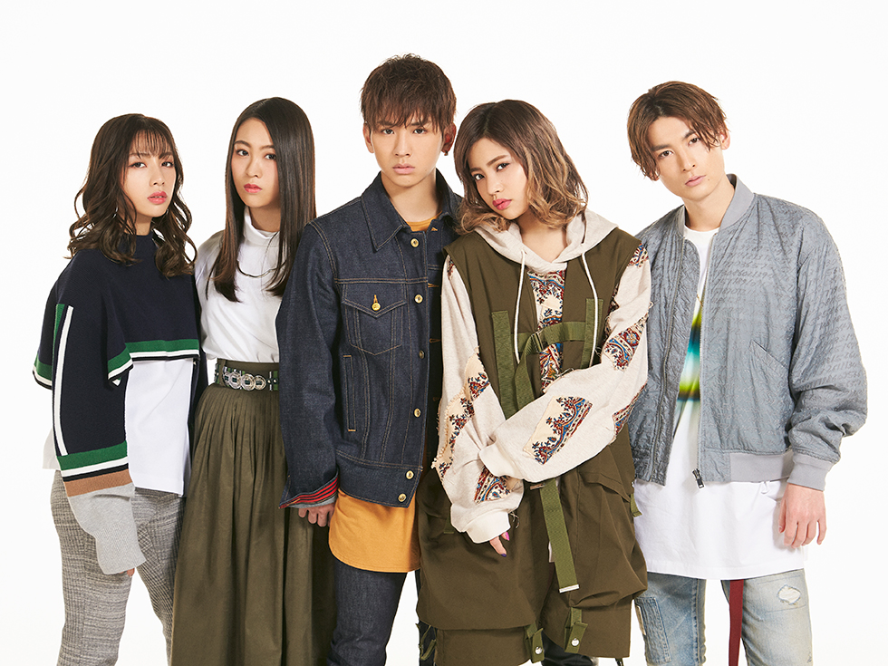lol (エルオーエル) single サヨナラの季節 / lolli-lolli promotional picture