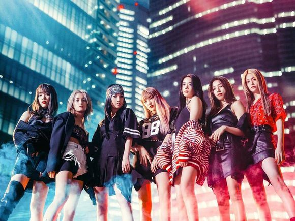 Happiness POWER GIRLS single promotional picture